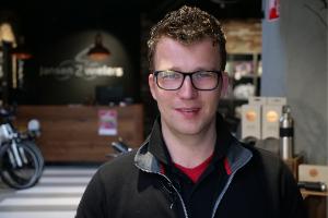 Binnenkijken bij winnaar Jansen 2wielers: snelle groei bij jonge ondernemer (met video)